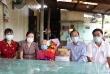 Ban Tuyên giáo Tỉnh ủy Quảng Trị tặng quà người có công huyện Vĩnh Linh