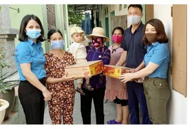 Quảng Ninh hỗ trợ trên 17.200 người lao động gặp khó khăn do COVID-19